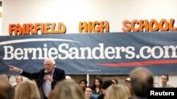 El candidato presidencial demócrata Bernie Sanders habló en la escuela secundaria Fairfield de Iowa, el 15 de diciembre 2019 (Foto: Reuters)