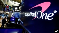 "Logo banke ""Capital one"" na Vol stritu"