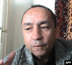 Afg'oniston turkiylari madaniy federatsiyasi raisi Akbar Faryobiy