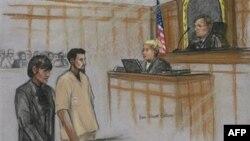 Резван Фердаус (второй слева). Рисунок из зала суда. 3 октября 2011 г.