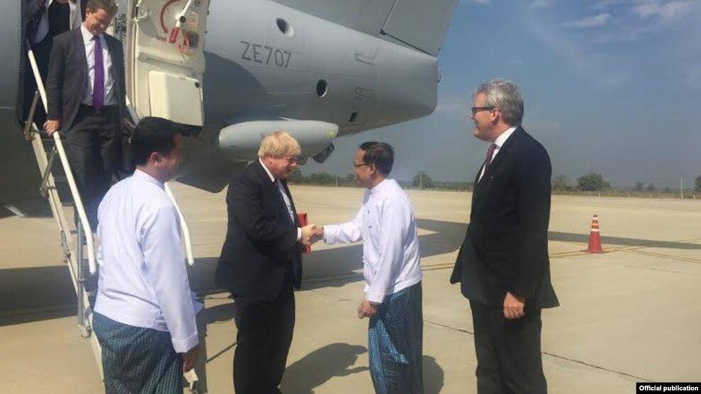 ႏိုင္ငံျခားေရး၀န္ၾကီး Boris Johnson ေနျပည္ေတာ္ကိုေရာက္ရွိစဥ္ (British Embassy Rangoon)
