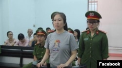 Blogger Mẹ Nấm, tức Nguyễn Ngọc Như Quỳnh bị tòa xử 10 năm tù.