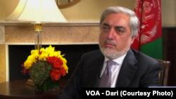 عبدالله عبدالله رئیس اجرائیۀ افغانستان در مصاحبه با تلویزیون آشنای صدای امریکا