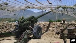 巴基斯坦控制部份克什米爾地區。