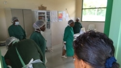 Enfermeiros angolanos suspendem diagnosticos médicos - 1:29