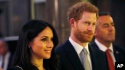 Pangeran Harry dan Meghan Markle menghadiri resepsi yang diadakan Perdana Menteri Australia Malcolm Turnbull dan istrinya Lucy Turnbull di Australia House, London, 21 April 2018.