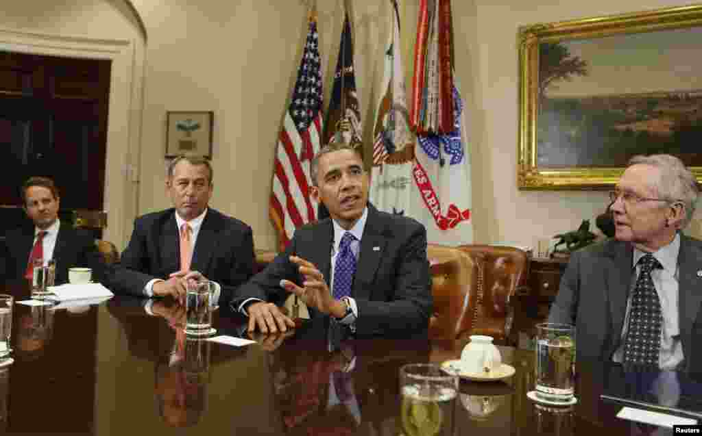 U.S. President Barack Obama hosts a bipartisan meeting with Congressional leaders in the Roosevelt Room of White House to discuss the economy, November 16, 2012. Seen (L-R) are U.S. Secretary of Treasury Timothy Geithner, Speaker of the House John Boehner