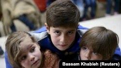 Anak-anak yatim di pinggiran timur Damaskus Ghouta, Suriah 30 Januari 2016, sebagai ilustrasi. (Foto: REUTERS/Bassam Khabieh)