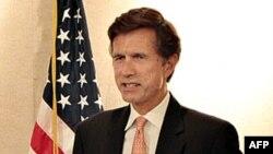 Thứ trưởng Ngoại giao Mỹ Robert Blake phát biểu trong cuộc họp báo tại Colombo, Sri Lanka, ngày 14/9/2011