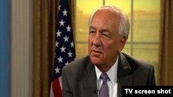 Američki ambasador za pitanja ratnih zločina, Stiven Rep