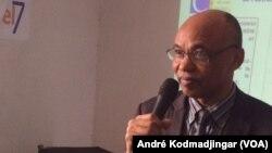 Ahmat Yacoub, président du cercle d'étude pour le développement et la prévention de l'extrémisme. (VOA/André Kodmadjingar).