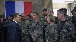 فرانسه خروج زودرس سربازان از افغانستان را رد کرد
