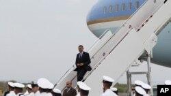 """Obama promueve una relación una relación donde """"no haya socios mayores o menores, sino socios""""."""