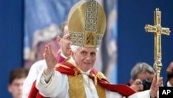 11일 사임을 발표한 교황 베네딕토 16세.