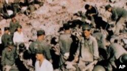 건설공사에 동원된 북한 인부들(자료사진)