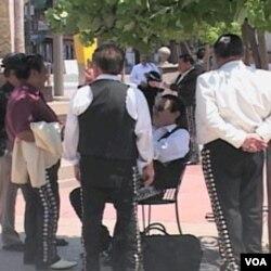 Mariachi u Los Angelesu čekaju angažman