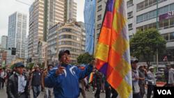 Protestan en Bolivia contra la presidenta interina Jeanine Áñez