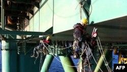 Greenpeace: Petrolü Geç, Temiz Enerjiyi Seç!