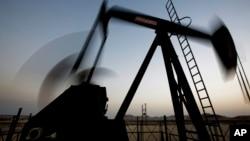 中東油田不減產(2014年10月14日資料照)