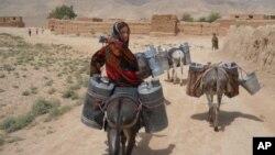 په افغانستان کې د وچکالۍ د احتمالي ګواښ په اړه اندېښنې.