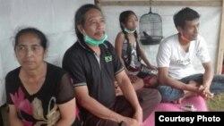 Pengungsi asal Besakih, Banjar Kawan di Posko Pengungsi Rendang. (Foto: Wayan Putra)