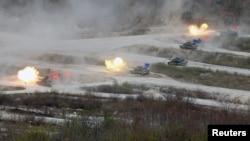 جنوبی کوریا فوجی مشق (فائل)