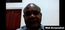 Ketua Gereja Kemah Injil Indonesia (GKII) Sinode Wilayah II Papua, pendeta Petrus Bonyadone saat memberikan keterangan pers secara virtual terkait penembakan di Intan Jaya, Papua, Senin, 28 September 2020. (Foto: screenshot)