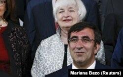 Cevdet Yılmaz Lima'daki IMF toplantısında ABD Merkez Bankası Başkanı Janet Yellen'la