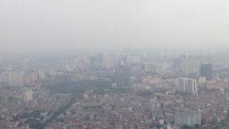 Bầu trời Hà Nội đã trở nên mờ đục do ô nhiễm bụi mịn