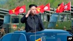 La acusación se da en un momento de alta tensión ante las preocupaciones de que Corea del Norte realice una sexta prueba nuclear.