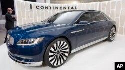 El Lincoln Continental, un automóvil relacionado con presidentes y figuras prominentes como Elvis Presley, regresará al mercado.