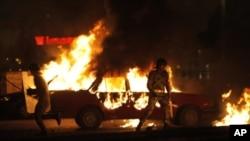 Une manifestation pacifique de Coptes a tourné à l'émeute dimanche au Caire.