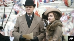 Colin Firth as King George VI and Helena Bonham Carter as the Queen Mother in Tom Hooper's film THE KING'S SPEECH.