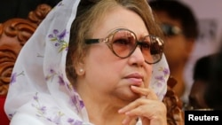 FILE - Bangladesh Nationalist Party (BNP) Chairperson Begum Khaleda Zia attends a rally in Dhaka.