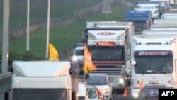 Yunanistan'da Otoyol Zammı Sürücüleri Kızdırdı