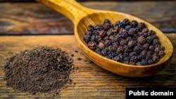 مرچ سیاه جذب برخی از مواد مفید مغذی را نیز تسهیل میبخشد