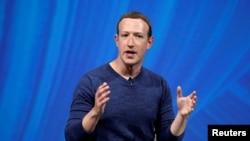 ARCHIVO- El CEO y fundador de Facebook, Mark Zuckerberg, durante la cumbre de tecnología Viva Tech en París, Francia. Mayo 24, 2018.