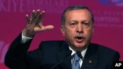 Turkey's President Recep Tayyip Erdogan speaks during a graduation ceremony for foreign students in Ankara, June 11, 2015.