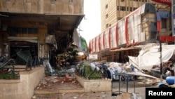 Các tòa nhà bị hư hại sau vụ nổ ở Aleppo, Syria, ngày 3/10/2012