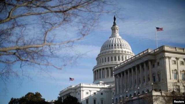 Đông đảo người Việt khắp nước Mỹ tề tựu về thủ đô Washington tham gia cuộc vận động kêu gọi Quốc hội thúc đẩy chính phủ của Tổng thống Obama áp lực Việt Nam tôn trọng và cải thiện nhân quyền.