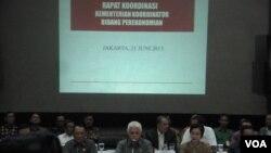 Pengumuman kenaikan harga BBM dalam rapat koordinasi kementerian koordinator bidang perekonomian di Jakarta (21/6).
