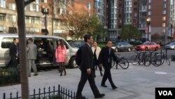 民进党美国大选观选团抵达华盛顿全国民主研究所 (美国之音钟辰芳拍摄)
