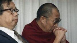 1991年达赖喇嘛和方励之在纽约准备参加汉藏人权领袖对话