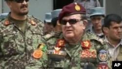 جنرال عبدالرحیم وردک وزیر دفاع افغانستان حین تحویلگیری مسئولیت امنیتی در ولایت بامیان