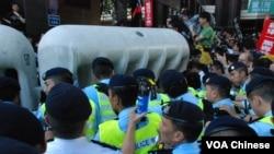 香港泛民主派在胡錦濤訪問期間示威