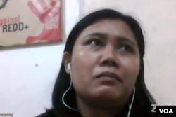 Yohana Tiko dari WALHI Kalimantan Timur. (Foto: VOA)