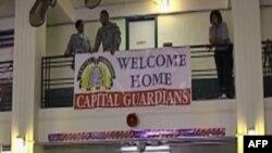 Entuziasmi i disa trupave amerikane që kthehen nga lufta në Irak