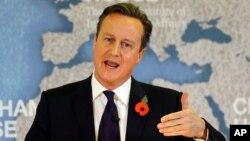 Perdana Menteri Inggris David Cameron menyerukan reformasi Uni Eropa dalam pidato di London, hari Selasa (10/11).