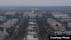 Toma de la Alameda Nacional en Washington D.C. durante la juramentación presidencial de Donald Trump, el 20 de enero de 2017. [Foto: Cortesía: Servicio Nacional de Parques EE.UU.].