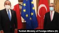 Dışişleri Bakanı Mevlüt Çavuşoğlu ve Malta Dışişleri Bakanı Evarist Bartolo Libya'ya gitti.